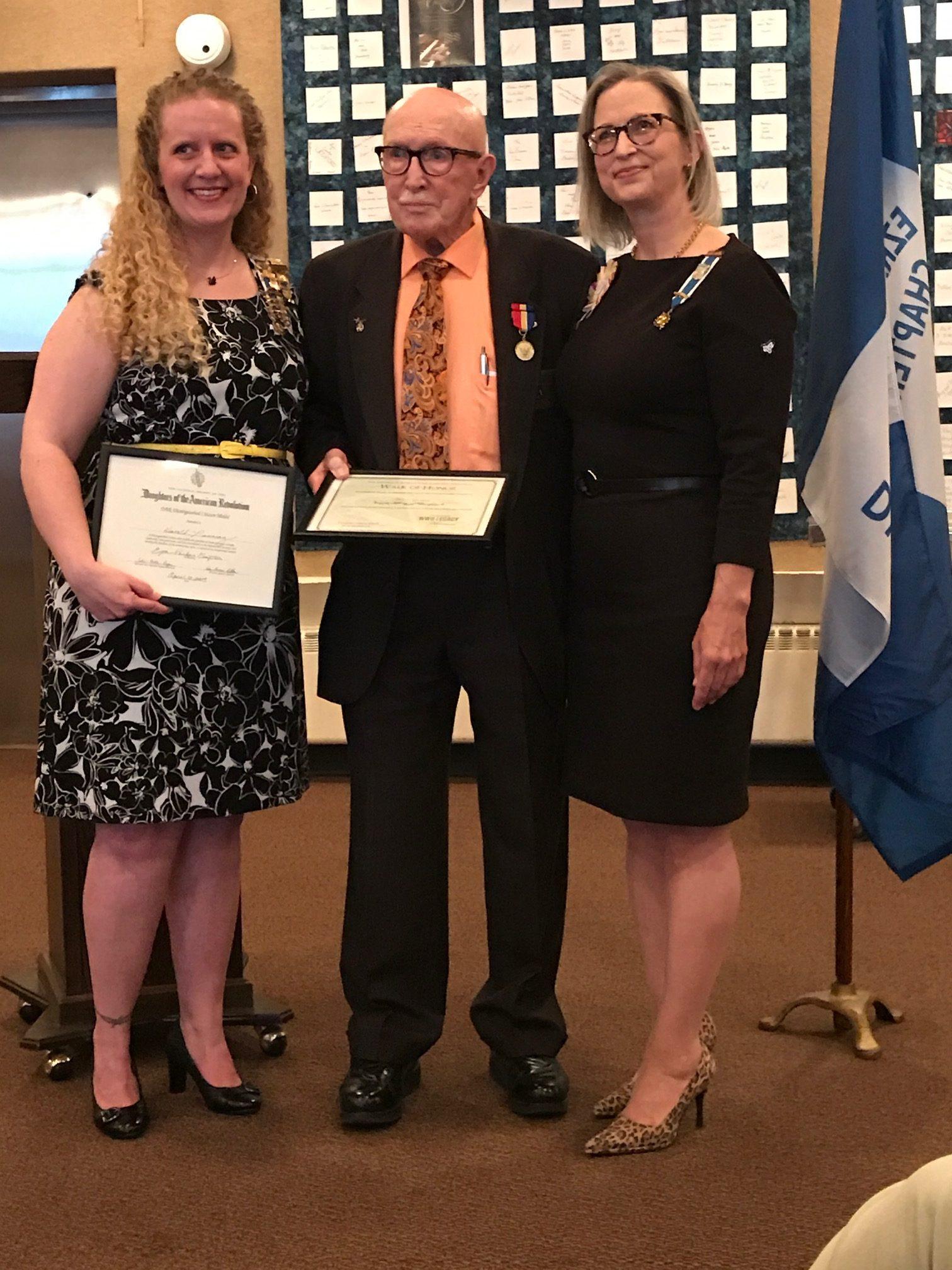 DAR Distinguished Citizen Medal